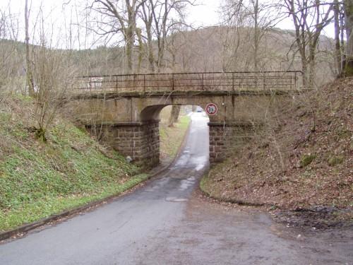 Bahnbrücke in Beddelhausen