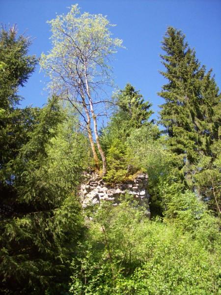 Relikt der Eisenbahnbrücke der Strecke zwischen Birkelbach und Altenhundem