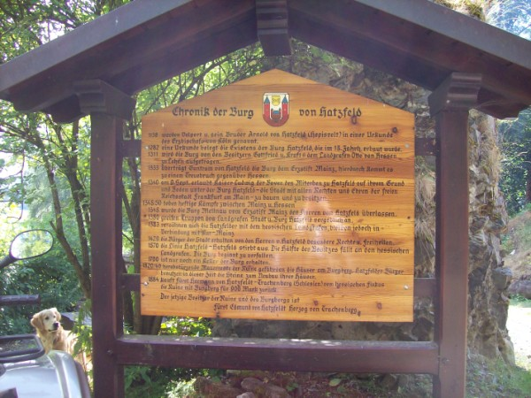 Informationstafel zur Hatzfelder Burg