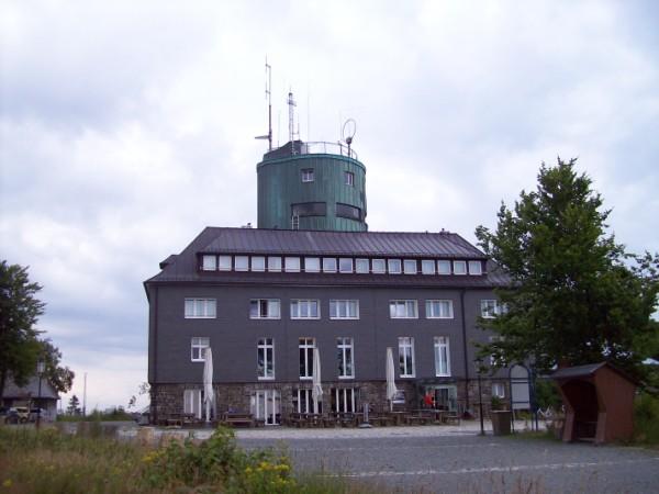 Der Astenturm mit Restaurant