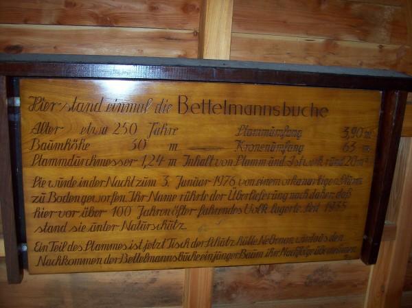 """In der Hütte die Geschichte zur """"Bettelmannsbuche""""!"""