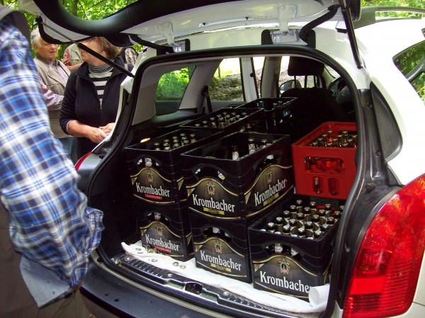 Der gut sortierte Getränkewagen - es gab nicht nur Herrenbrause - ehrlich!