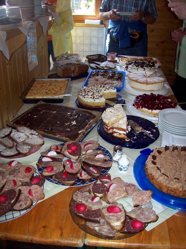 Gaumen was begehrst Du mehr, hier war wirklich für jeden etwas dabei, sogar Muffins für kleine Leckermäulchen