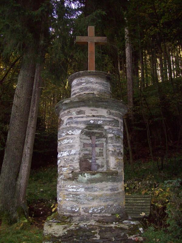 Ein Altarstein im Schladebachtal