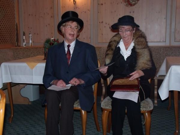 Frau Dickel und Frau Folger alias Hulda und Werner im Theater, sie hatten die Lacher auf ihrer Seite