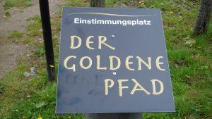 Und nun bitte dem Goldenen Pfad entlang