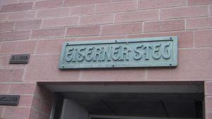 """Der """"Eisener Steg"""" die Verbindung über den Main nach Sachsenhausen"""